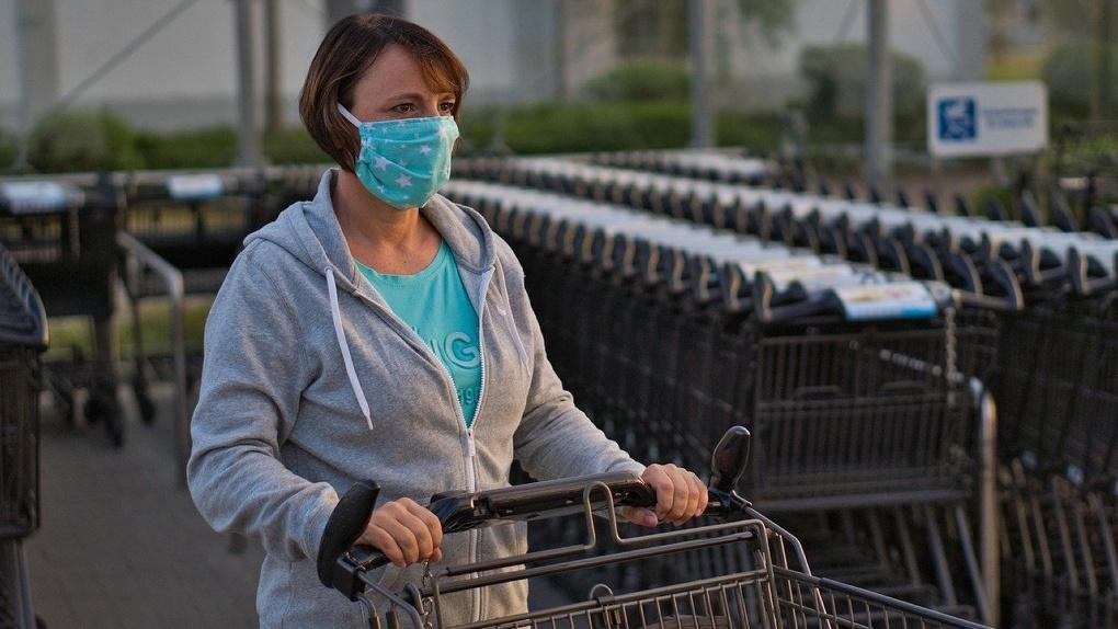Бесплатная еда, деньги от государства и отсутствие штрафов: экс-омичка — о самоизоляции в Германии