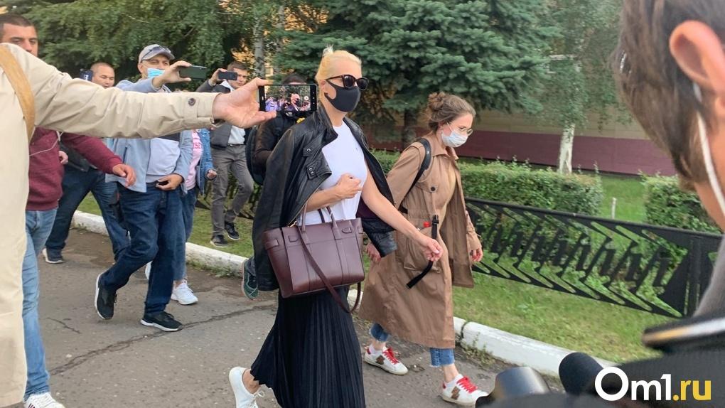 Жена Навального призналась, что изначально связывала ухудшение здоровья мужа с его диетой