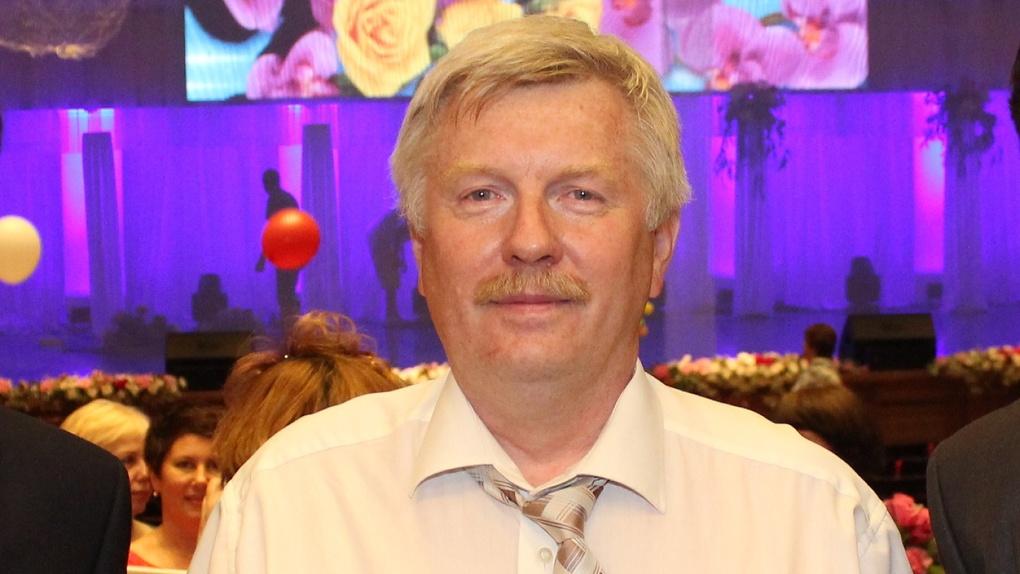 Владимир Путин присвоил омскому травматологу звание заслуженного врача страны