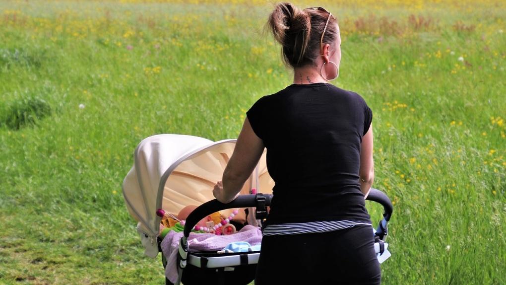 В период самоизоляции у жителей Новосибирска увеличился спрос на детские коляски