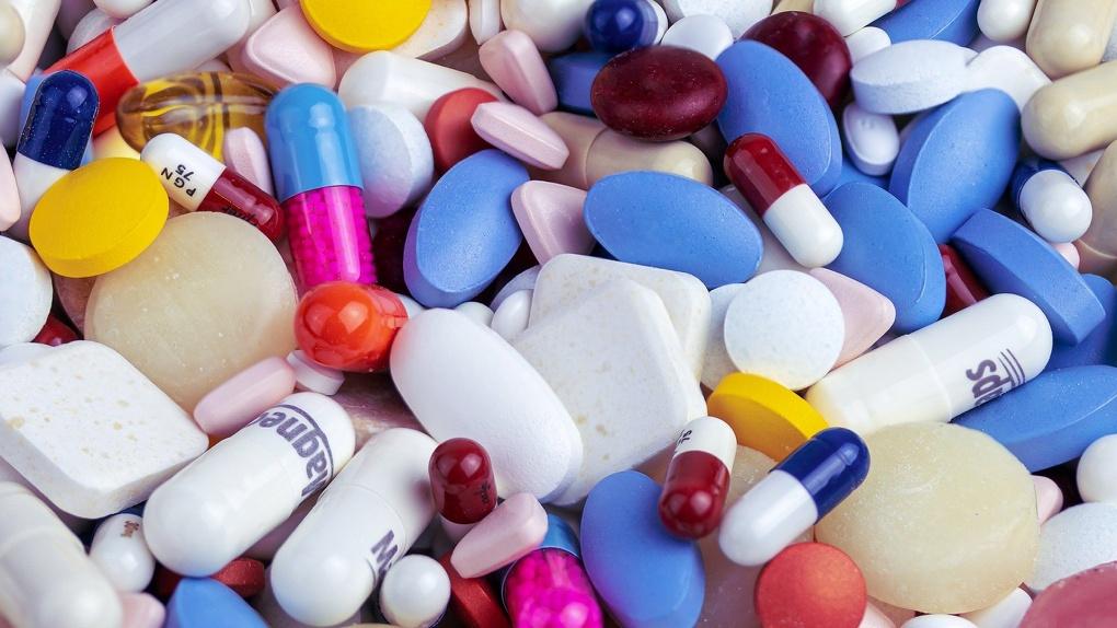 Россияне смогут покупать лекарства не выходя из дома