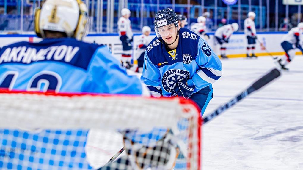 «Поговорили с командой по-мужски»: новосибирские хоккеисты прокомментировали победный матч над «Торпедо»