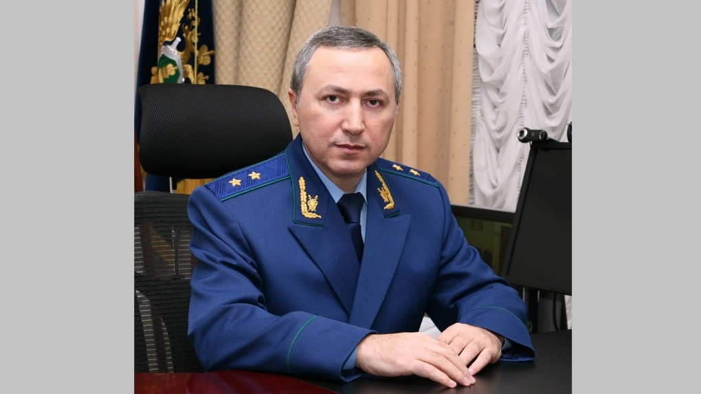 Главный прокурор Омской области уходит в отпуск с последующим увольнением