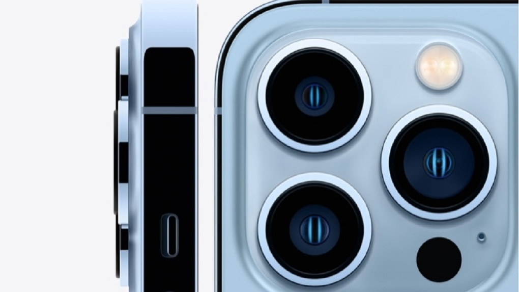 Apple показала новую линейку iPhone 13