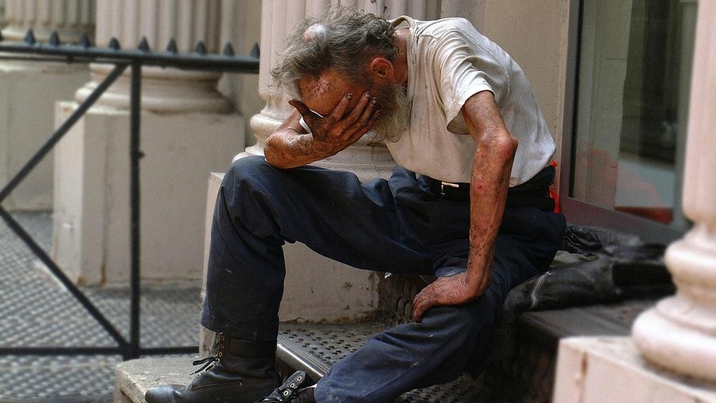 За сутки полицейские проверили 308 омичей, которые обязаны соблюдать режим самоизоляции