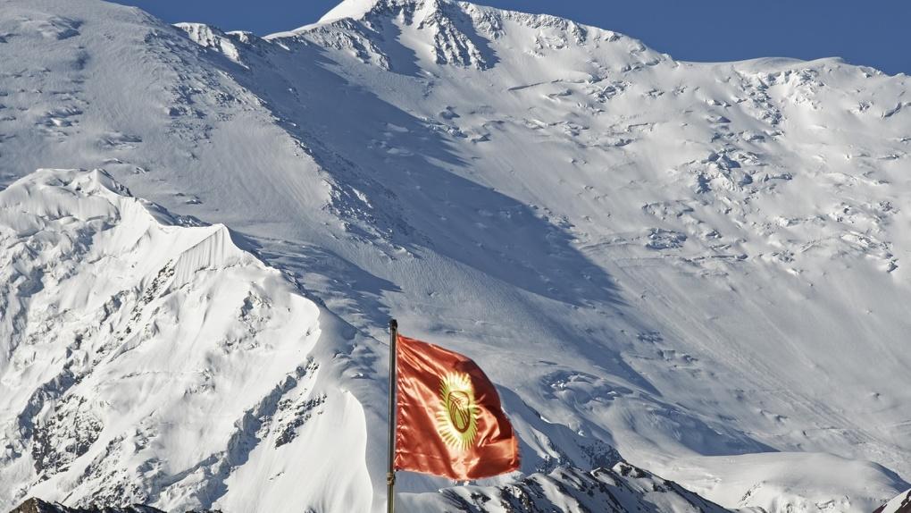 Президент Киргизии объявил об отставке