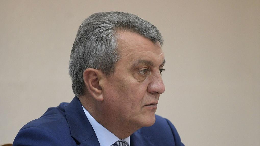 Полпред президента Сергей Меняйло намерен привиться новосибирской вакциной от коронавируса