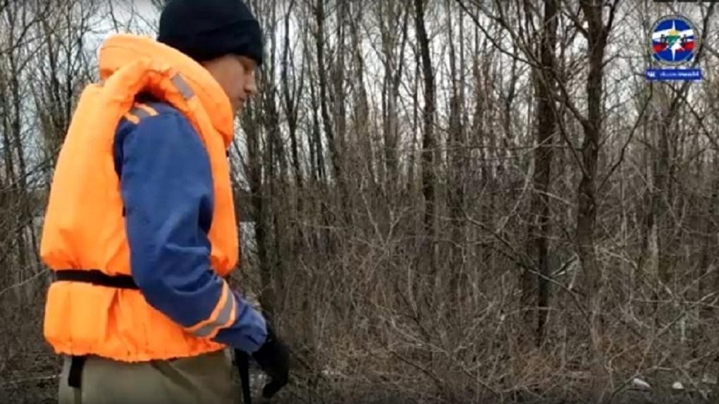 «Схватился за дерево в море»: спасатели вытащили из Оби новосибирского «Робинзона Крузо»
