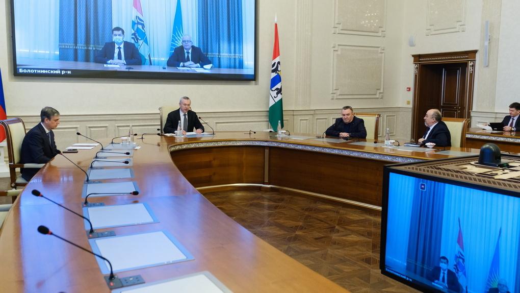 Губернатор Новосибирской области обсудил с депутатами продолжение реализации важных социальных проектов