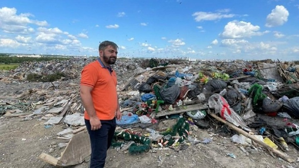 Новосибирскому депутату Игорю Украинцеву удалось побывать по ту сторону мусорного полигона «Левобережный»