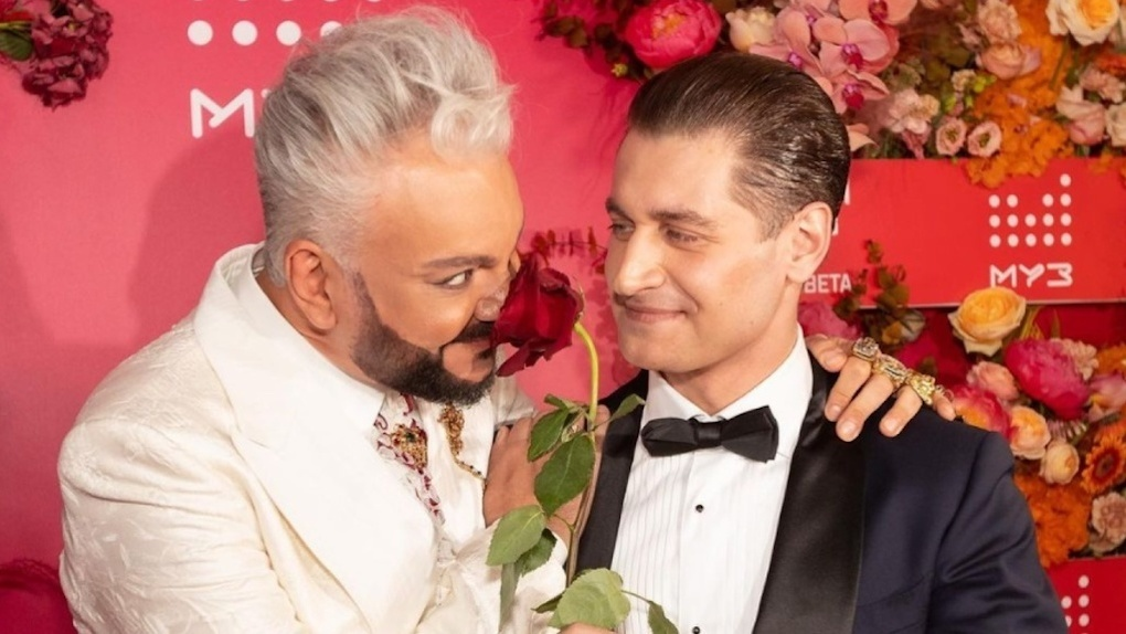 «Гей-свадьба» бывшего мужа Ольги Бузовой из Новосибирска вызвала ажиотаж в обществе