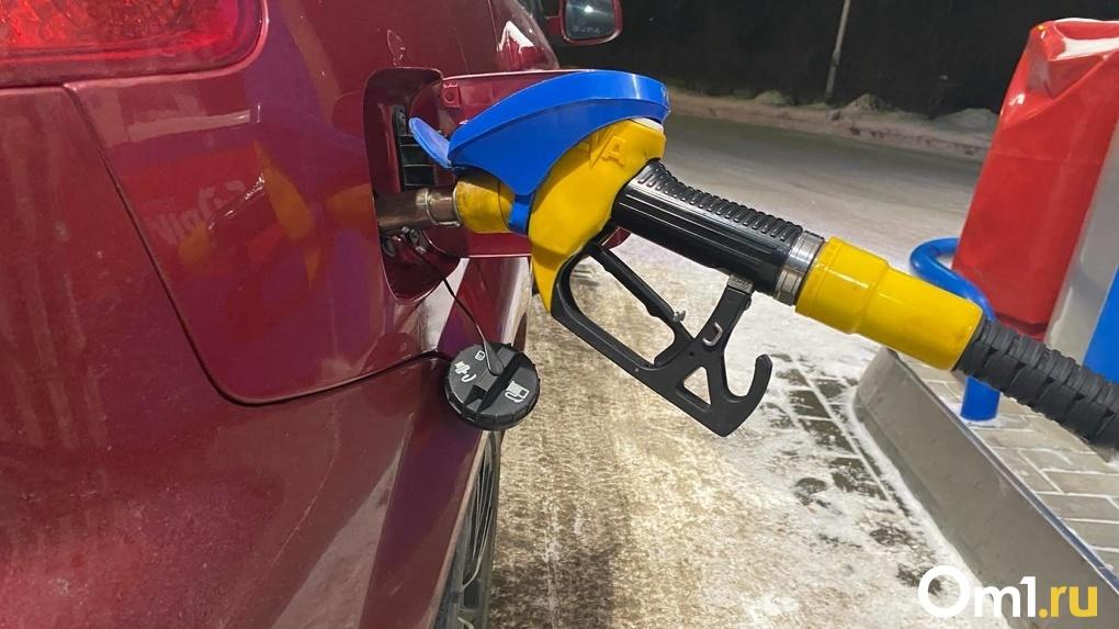 Эксперт объяснил подорожание бензина при снижении цены на нефть