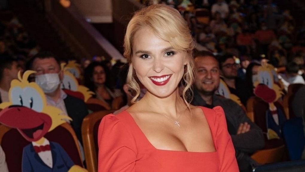 Стало известно, сколько алиментов новосибирская певица Пелагея получает от бывшего мужа