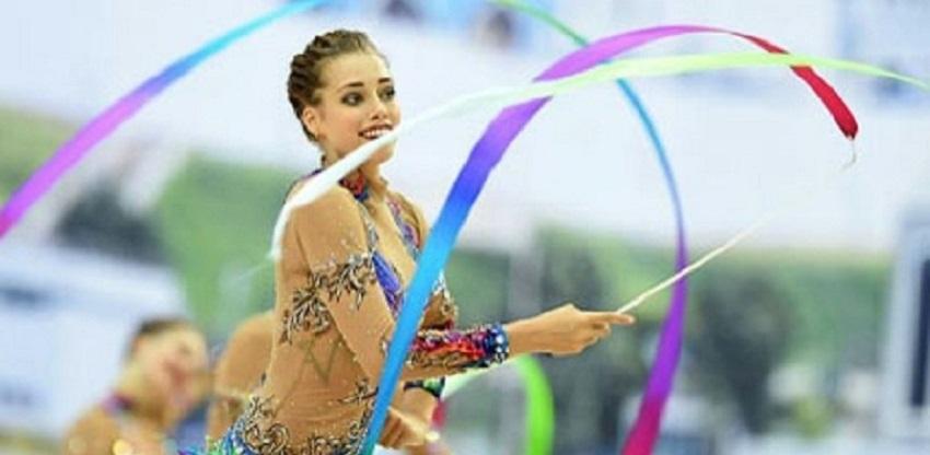 Омская чемпионка Вера Бирюкова появилась на «Балу олимпийцев» в Москве