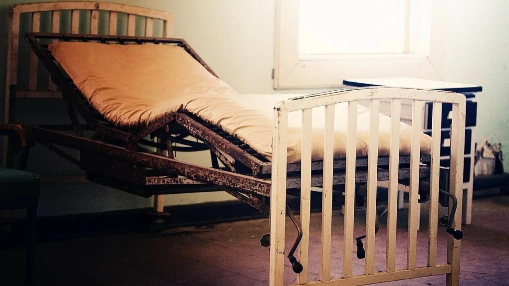 Ребенок впал в кому в омском детском доме