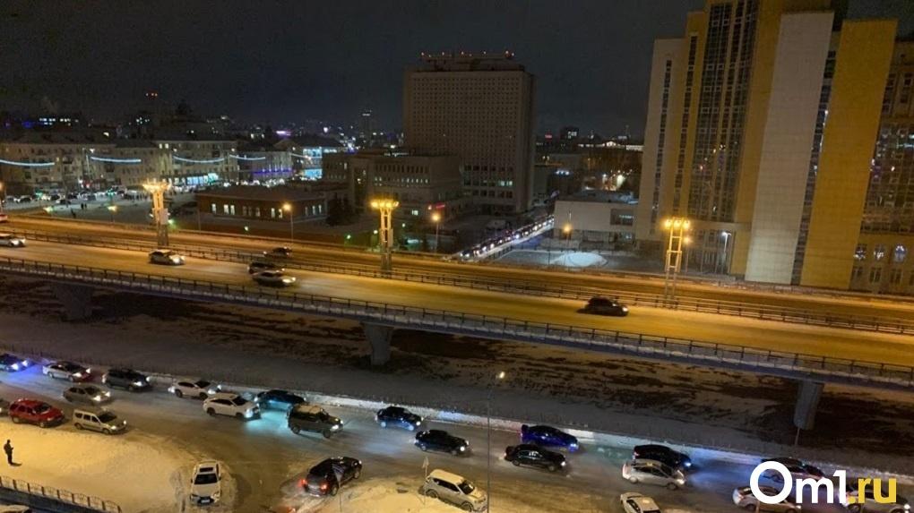 В Омске нашли 230 таксистов без лицензии