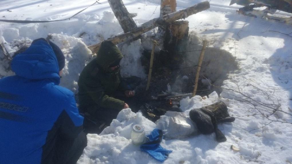Житель Новосибирской области бросил семью и поселился в лесной берлоге