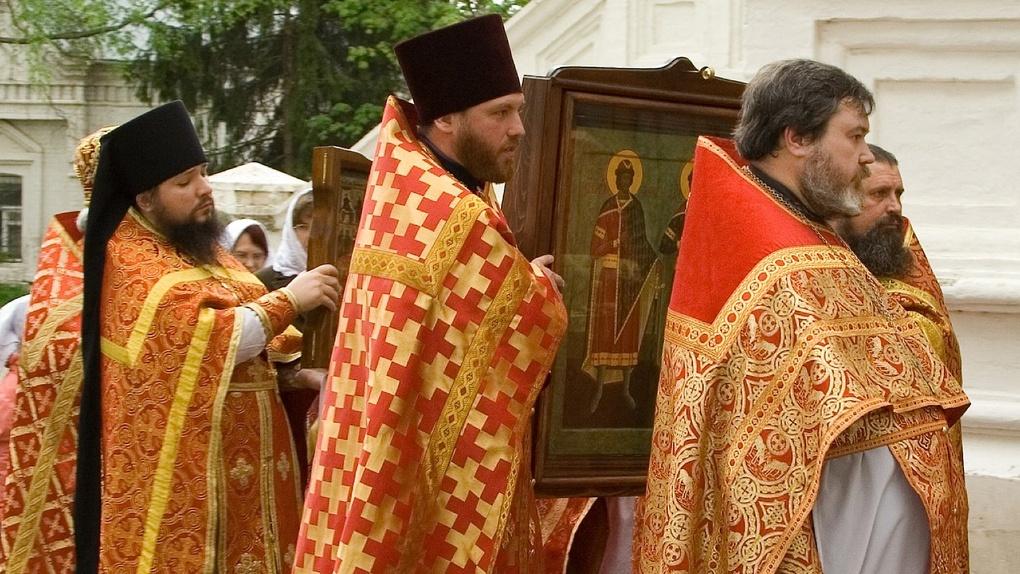 Омскую молодежь зовут на крестный ход против пьянства