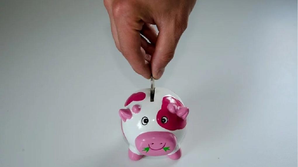 Банк «Открытие»: более 60% сибиряков не берут деньги в долг у родных и друзей