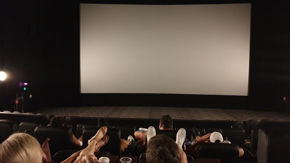 В субботу в Омске откроют единственный кинотеатр