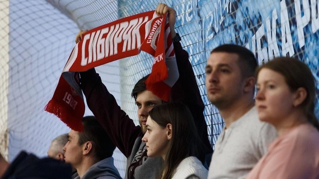 Стало известно, когда возобновятся матчи новосибирского футбольного клуба