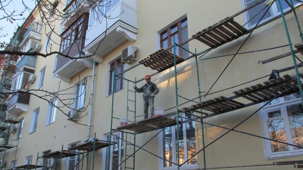 Рекордное количество домов отремонтировали по программе капремонта в Новосибирской области