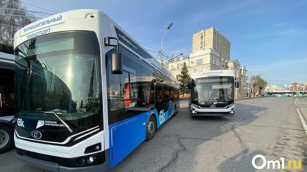 Новые автобусы и троллейбусы в Омске перевозят по 500–600 пассажиров в день