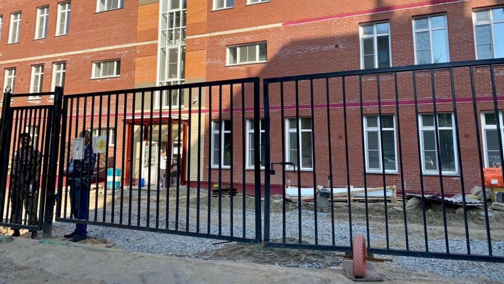 В Октябрьском районе Новосибирска готовят к открытию новый детский сад