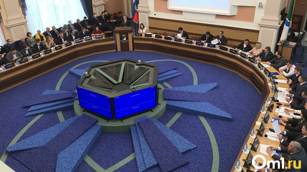Депутаты горсовета приняли бюджет Новосибирска на 2021 год с дефицитом в 800 млн рублей