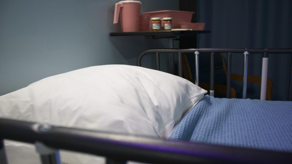 В очередной омской больнице вспышка коронавируса — ее закрыли на карантин