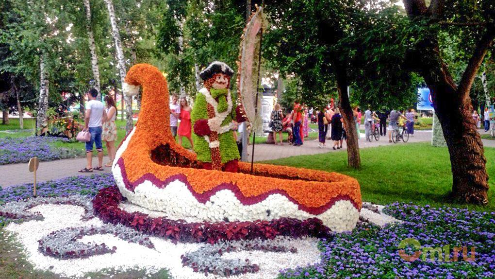 Омскую выставку «Флора» украсят свыше 250 тысяч цветов