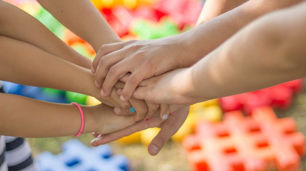 ВТБ бесплатно застрахует детей от онкологических заболеваний