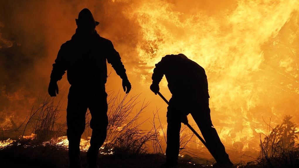 В частном доме под Новосибирском из-за непотушенной сигареты мужчина сгорел заживо