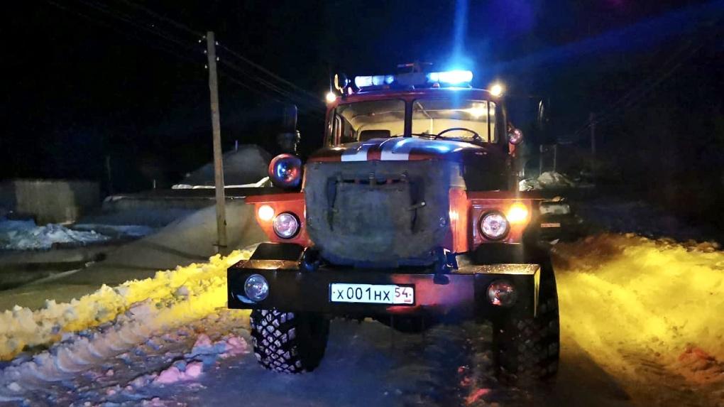 Власти Новосибирска помогут семье, в которой во время пожара погибла мать с двумя детьми