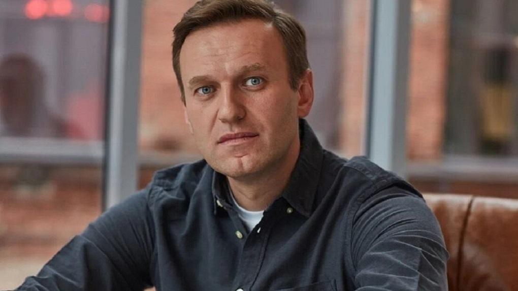 «Меня отравили. Я умираю». Навальный рассказал о последних словах перед тем, как оказаться в коме в Омске