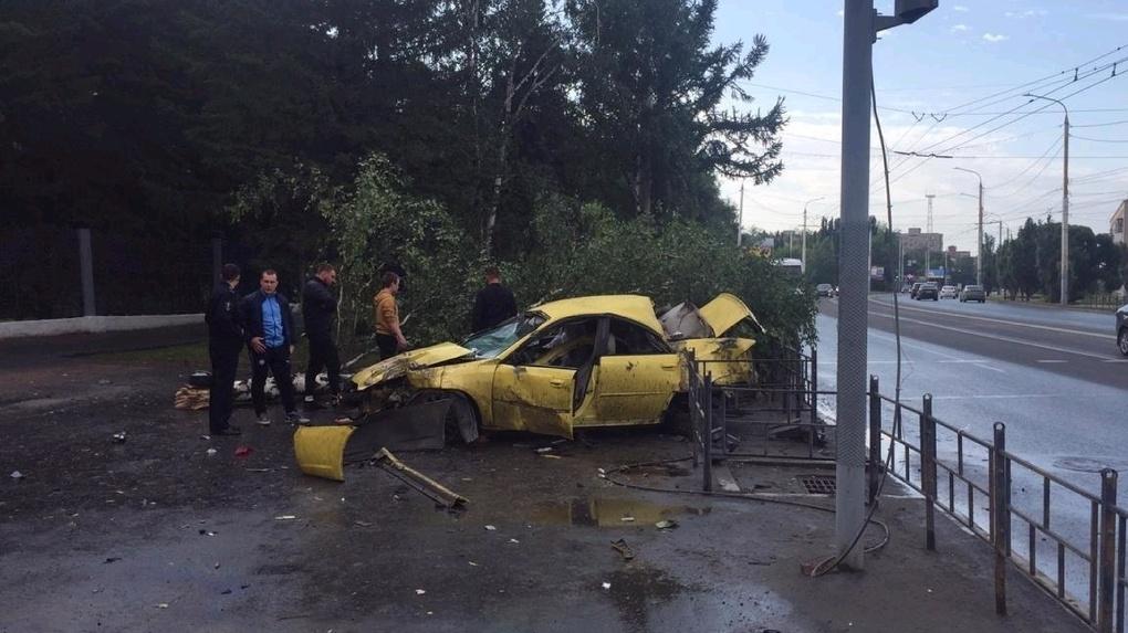 Стало известно, кем был погибший в ночном ДТП на Красном Пути в Омске