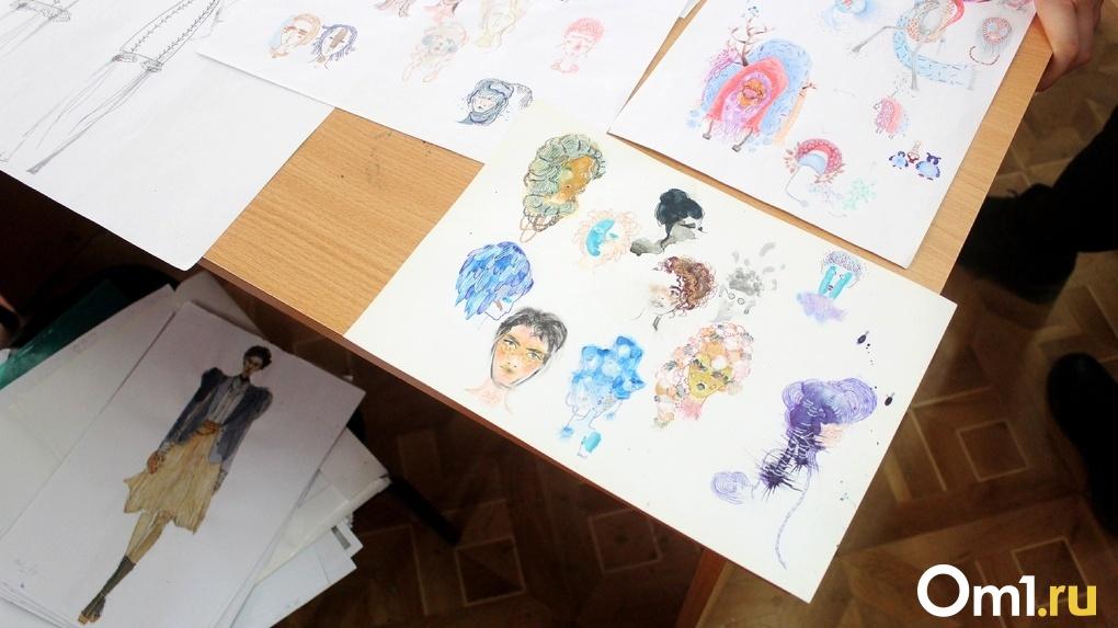 Омские студенты-дизайнеры шьют на конкурс одежду из вторсырья