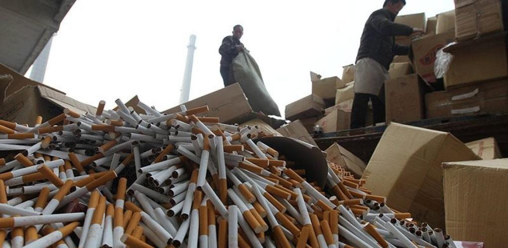 90 процентов омских киосков с нелегальным табаком продают сигареты детям