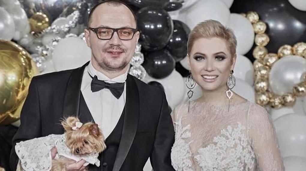 «Пандемия убивает»: светская львица из Новосибирска Лена Ленина заявила о разводе