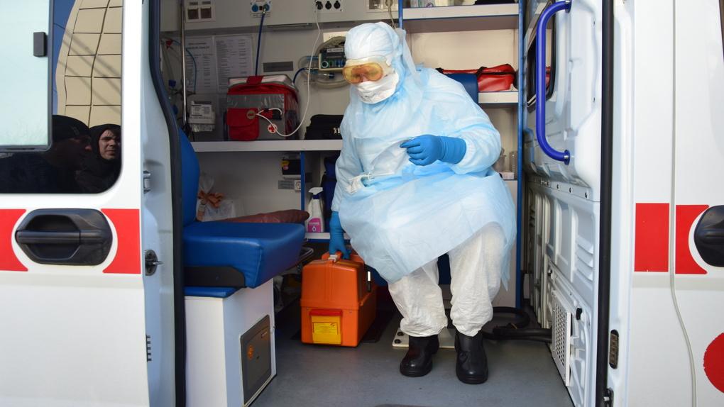 Эпидемиологи прогнозируют начало внутреннего распространения COVID-19 в Омске