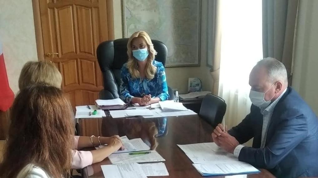 Комиссия из Москвы посетила офтальмологическую больницу им. Выходцева в Омске