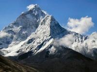 Российские альпинисты пропали в горах на севере Непала