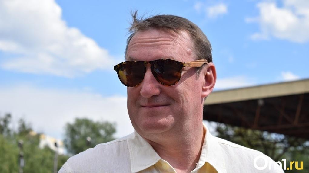 Омский министр, переболевший коронавирусом, вернулся к работе и уже провел первые встречи