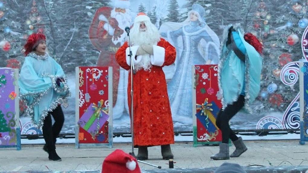 Дед Мороз напоит омских водителей и расскажет им о ПДД