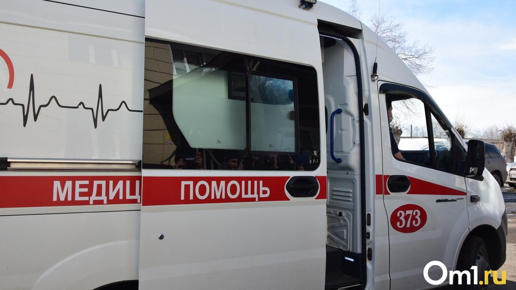 Сразу в нескольких районах Омской области резко выросла заболеваемость COVID-19