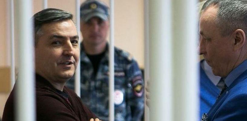 Западно-Сибирский транспортный прокурор из Омска, попавший под «зачистку», оказался другом Гамбурга