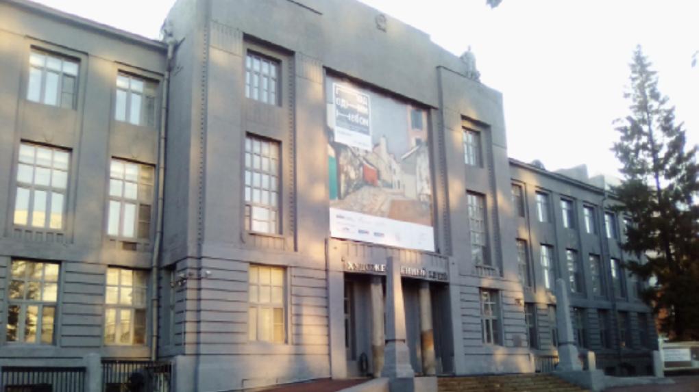 Коллектив Новосибирского художественного музея выступил против смены директора на единоросса