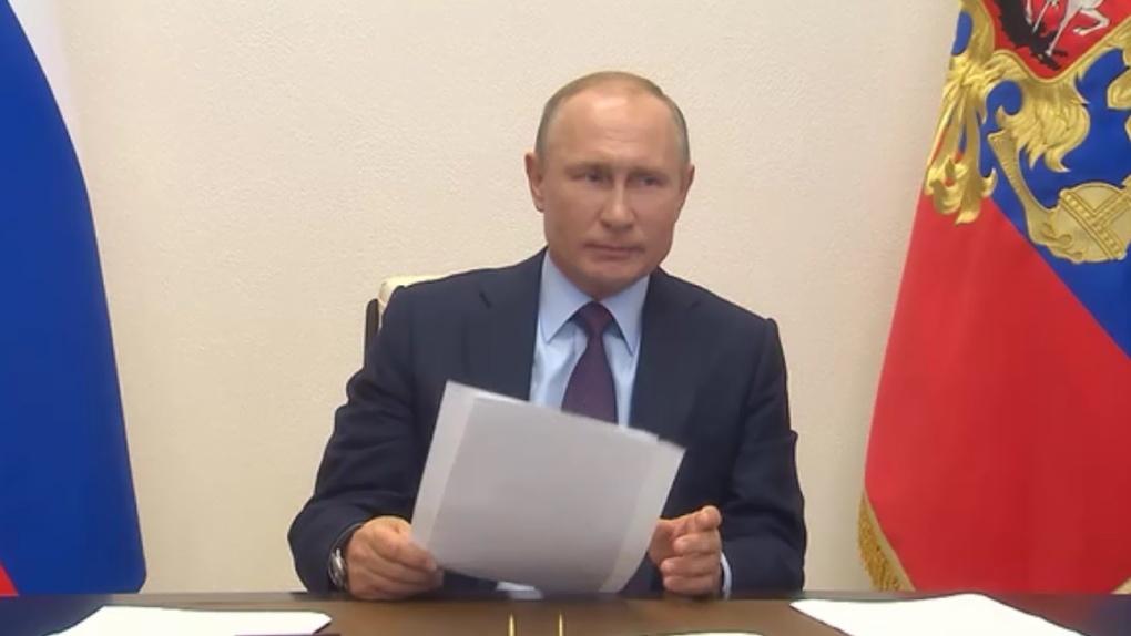 По мнению 67% россиян, Владимир Путин держит ситуацию с коронавирусом под контролем
