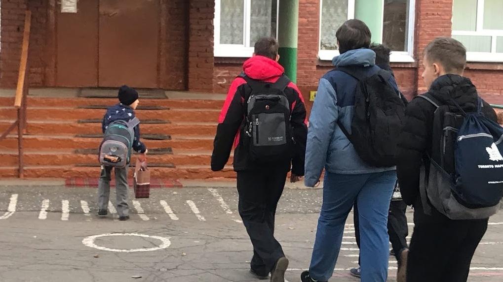 В Омске директор спортивной школы неожиданно покинул пост
