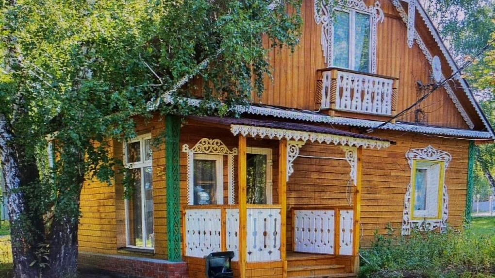 Базу отдыха на берегу Новосибирского водохранилища продают за 200 млн рублей